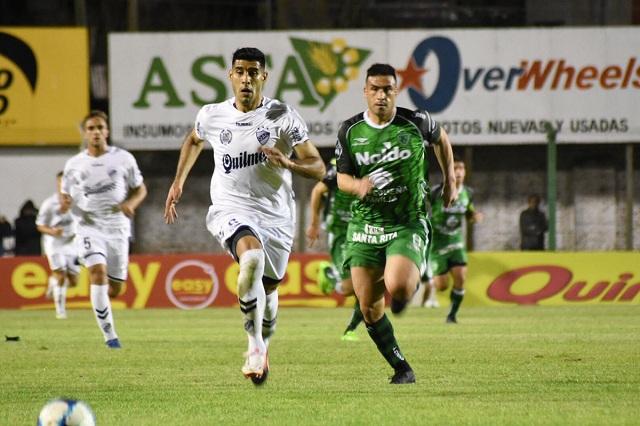 La noche de lunes presentó uno de los grandes encuentros que tenía preparada la primera fecha del Torneo Nacional B de nuestro país.