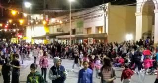 El Municipio armó la Varieté y el pueblo puso los corsos