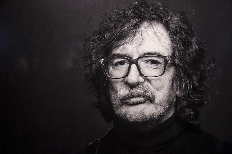 """El domingo 24 de septiembre se presentará en Rojas la muestra de fotografías """"Los Ángeles de Charly"""", en homenaje al músico Charly García."""