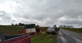Un camión volcó en la Ruta 31
