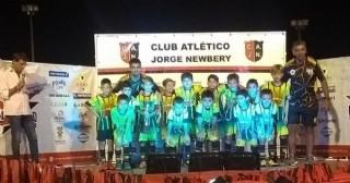 Mundialito Rojinegro: La Categoría 2011 de El Huracán 2011 ganó la Copa de Oro