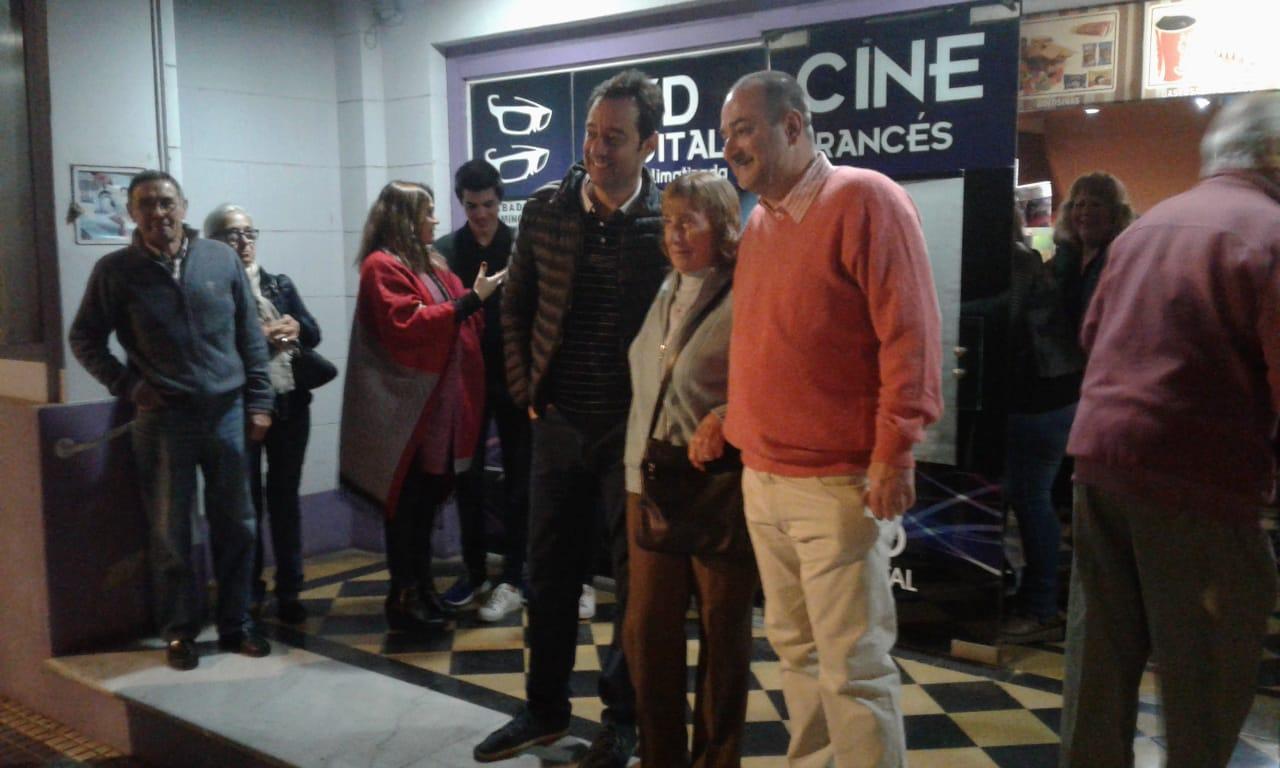 Este viernes 12 de octubre se produjo el estreno de esta película en la sala del Cine Francés que lleva merecidamente su nombre.