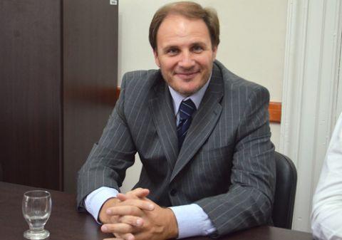 El diputado Santiago inst� a �proteger a quienes no pueden acceder a la vivienda propia�. Jorge Santiago, legislador del GEN en el FAUnen.