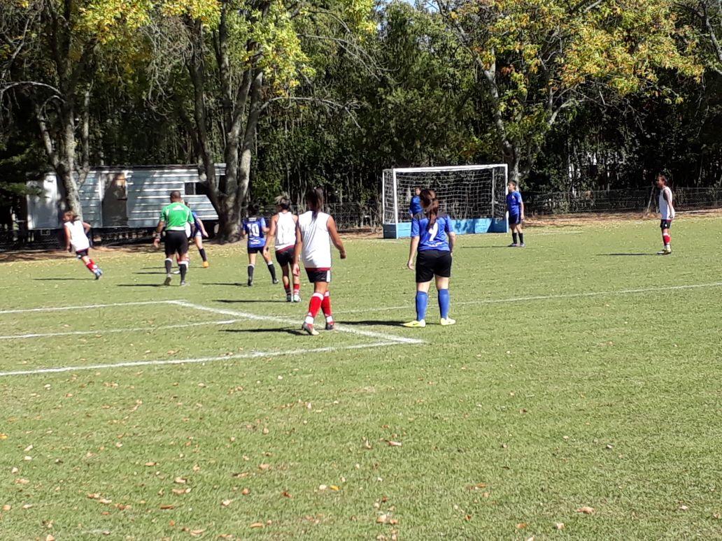 Bajo la organización de la Dirección de Deportes y Recreación del Municipio de Rojas, se llevó a cabo este domingo 15 de abril un Encuentro de Fútbol Femenino.