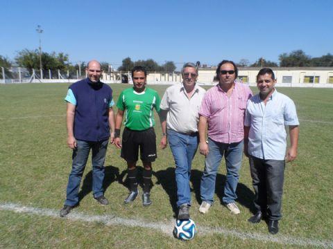 Comenz� el torneo de divisiones juveniles �Jos� Luis Caire�. Puntapi� inicial en el estadio de El Hurac�n.