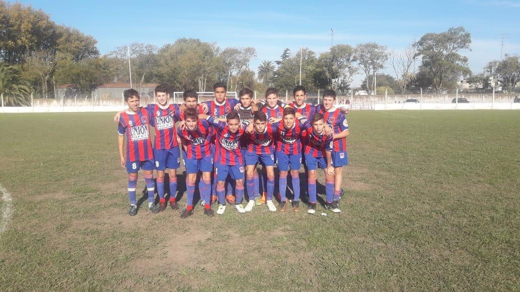 Una nueva jornada del campeonato de divisiones juveniles de fútbol se juega en la tarde de este sábado en nuestra ciudad y la de Colón.