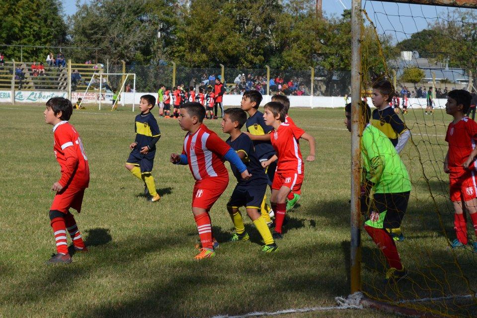 En la tarde de este sábado 23 de junio se llevará a cabo una nueva fecha del torneo amistoso de encuentros entre los equipos de las Ligas de Rojas y Salto.