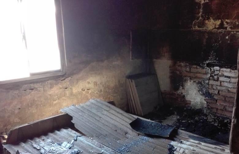 La familia afectada por un incendio desmiente que el siniestro haya sido como consecuencia de un supuesto abuso sexual, que habría sucedido en la tarde de ese mismo lunes 12 de noviembre.