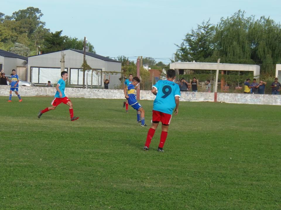 El sábado por la tarde se jugó la primera fecha del torneo de divisiones juveniles de la Liga de Fútbol de Rojas.