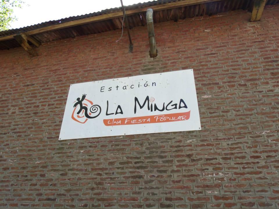 La hija del gran bailarín don Santiago Ayala, el Chúcaro, Gabriela Ayala, estará este viernes 29 de setiembre a partir de las 19 horas en el Galpón de La Minga, para dictar un taller intensivo de zamba.