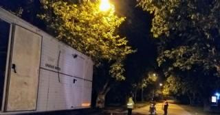 El control policial en los dos únicos accesos a la ciudad se mantiene las 24 horas