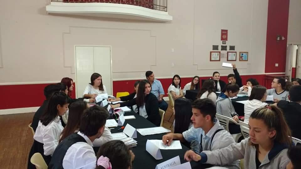 Participaron los estudiantes de los últimos años del ciclo secundario de todas las instituciones educativas del partido de Rojas.