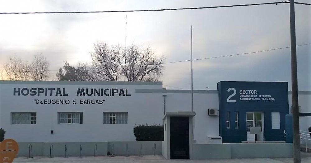 El hospital local.