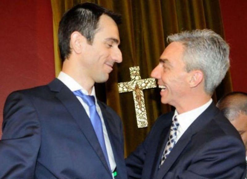 Pablo Petrecca junto al candidato del Frente de Todos, Mario Meoni.