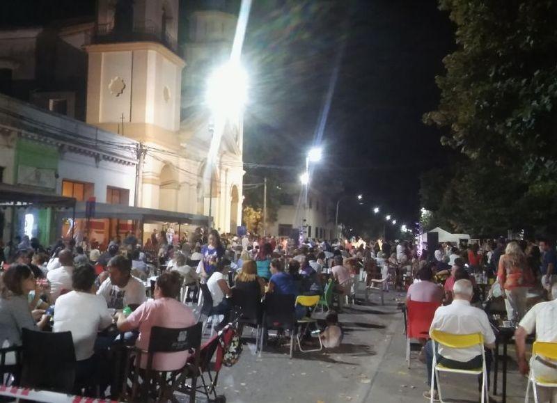 Gran convocatoria en Plaza San Martín y Avenida 25 de Mayo.