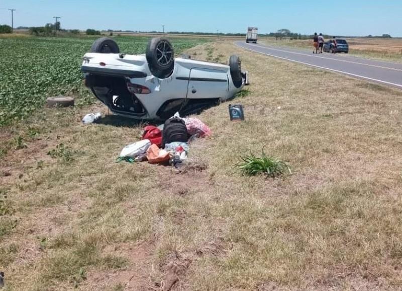 Así quedó el vehículo (foto: El Nuevo Rojense).