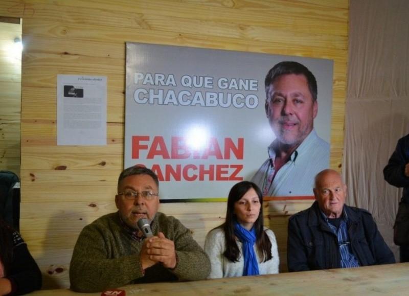 Denuncian que la Municipalidad de Chacabuco gasta demasiado.