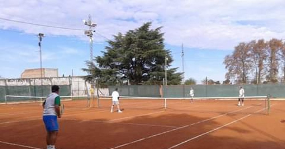 Clases en el Parque General Alvear (foto de archivo).