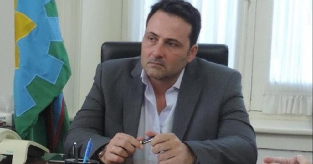 El intendente de Chacabuco, Víctor Aiola.
