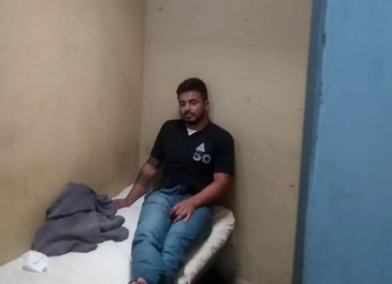 Se filtraron imágenes de Matías Martínez, el femicida de Úrsula Bahillo, detenido.