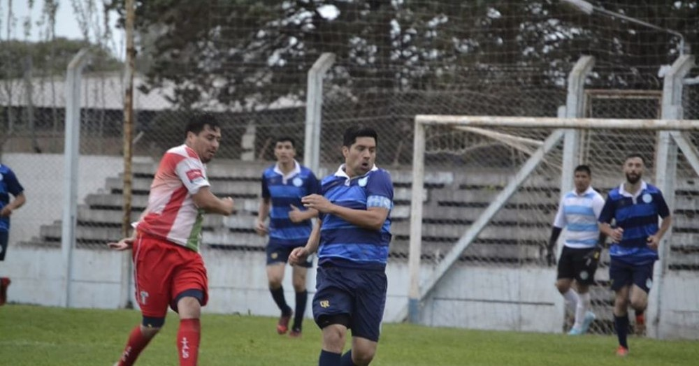 Juegan Argentino de nuestra ciudad, Singlar, Compañía de Salto y Argentino de Pergamino.