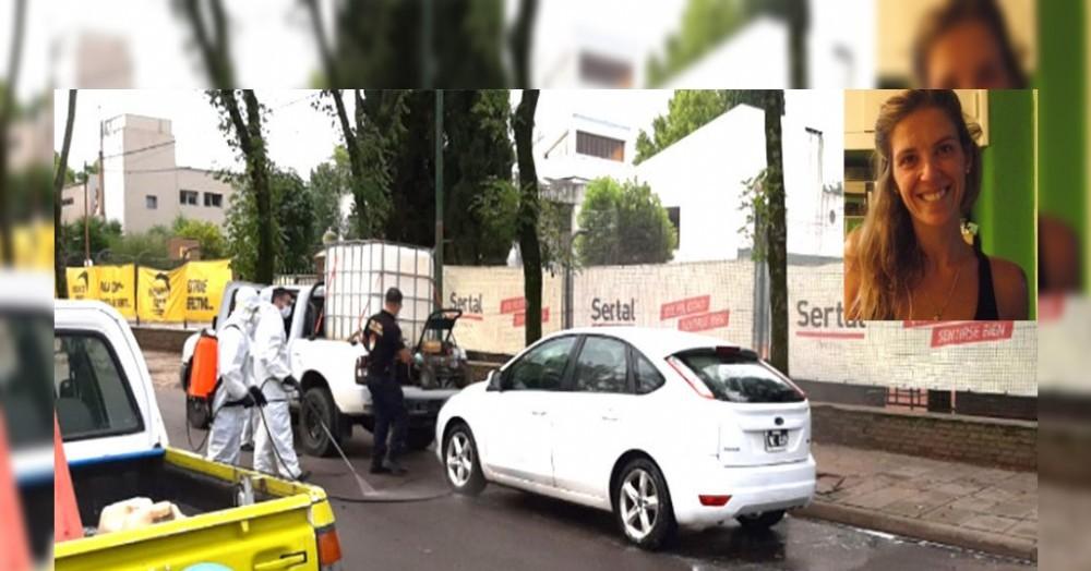 El auto donde se encontrada la funcionaria judicial Elina Francisco detenida por la Policía.