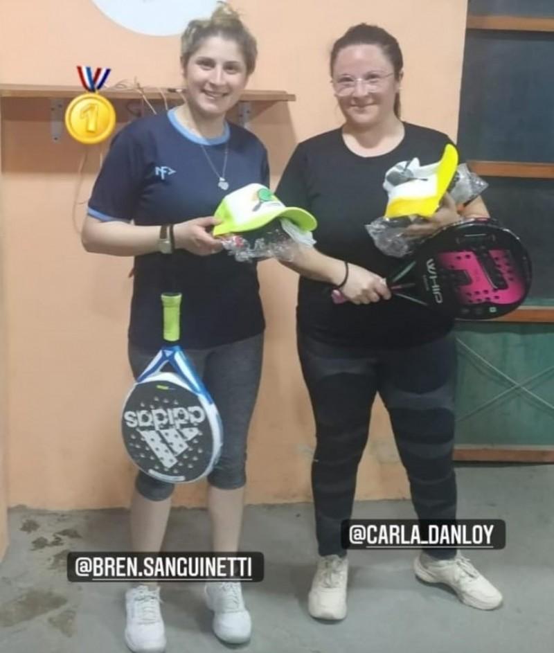 Brenda Sanguinetti y Carla Danloy.