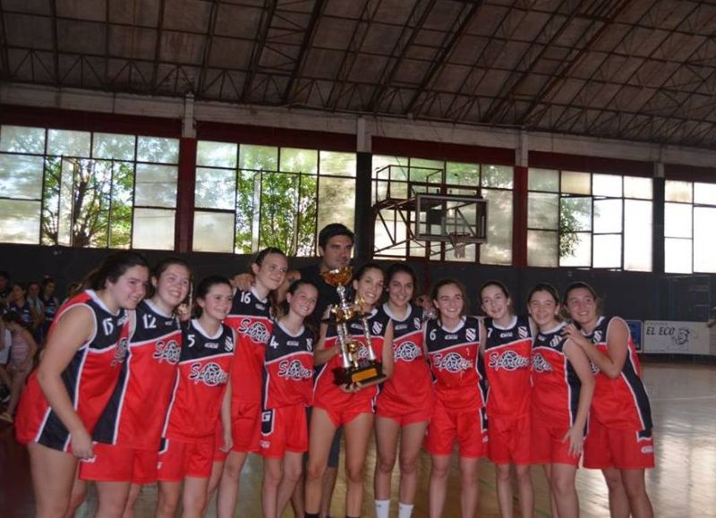 Equipo femenino de Sportivo.