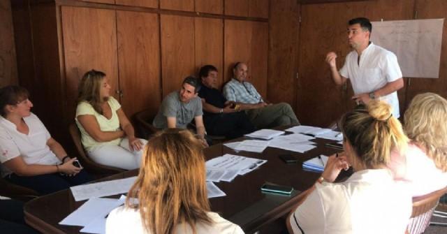 El Comité de Enfermedades Infecciosas se reunió en el Hospital