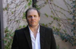 Jorge Santiago.