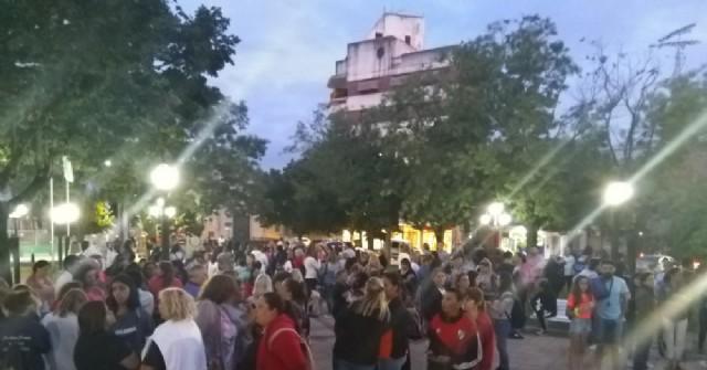 """Abusos sexuales: Masiva marcha de rojenses para pedir justicia y exigir """"basta de impunidad"""""""