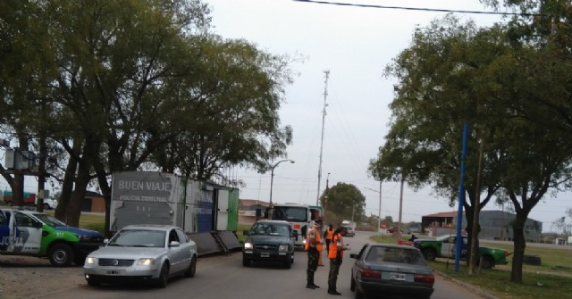 Polémica por la decisión de Berni de limitar la colaboración policial en los controles de acceso a los municipios