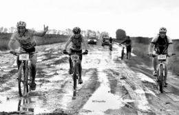 El mal tiempo hizo suspender la competencia.