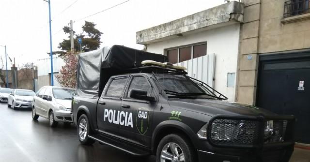 Fuerzas policiales ejecutaron tres allanamientos en Barrio La Loma