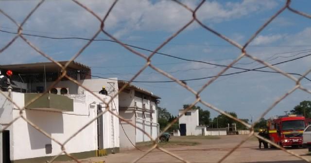 Los Bomberos Voluntarios controlaron un principio de incendio en el frigorífico de Barrio Matadero