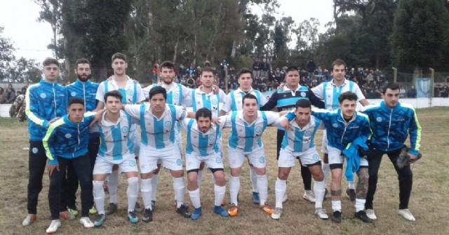 Argentino juega en Colón