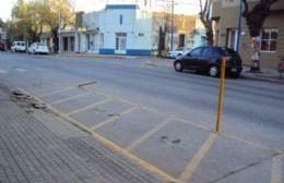 Los delimitadores de estacionamiento para las motos son un verdadero peligro.