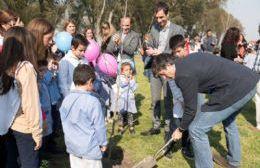 Esteban Bullrich en Junín, participó de la plantación de 100 árboles en el marco del plan de forestación de la ciudad.