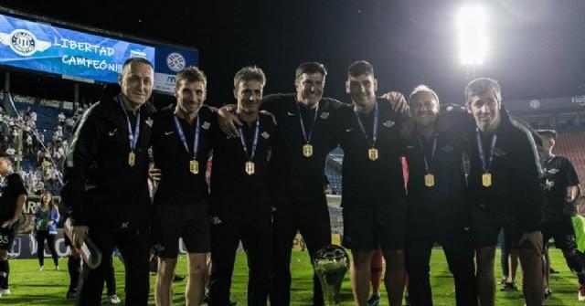 Libertad campeón de la copa de Paraguay con rojenses en el cuerpo técnico