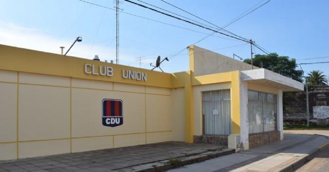 Colonia Municipal en Carabelas