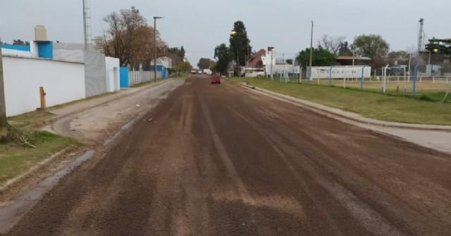 Arreglaron la calle Diego Trillo frente al Club Argentino
