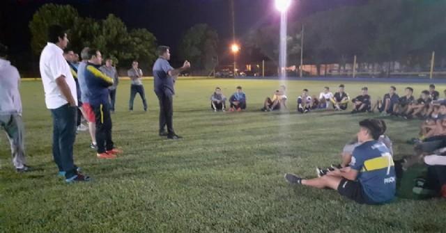 """Fútbol rojense: Germán Morón ve """"imposible"""" jugar sin público"""