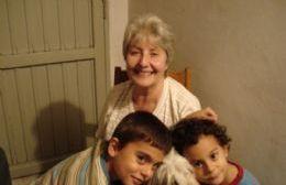 La tía Elsa y sus sobrinos Federico y Gonzalo