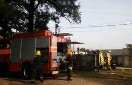 Expeditivo accionar de los bomberos.