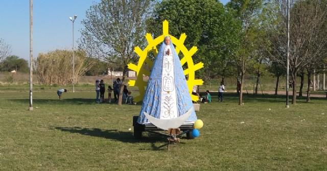 La imagen peregrina de la Virgen de Luján estuvo presente en Barrio Evita