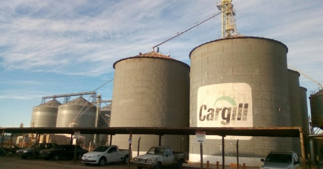 La multinacional Cargill busca obligar a los choferes a viajar al puerto de Rosario