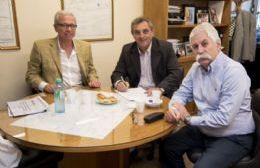 El senador por Cambiemos Marcelo Pacifico mantuvo una reunión con Armando Lenguitti y Roberto Zucarelli, presidente de CELP.