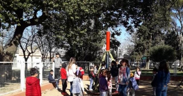 Festejos del Día del Estudiante en la Plaza España
