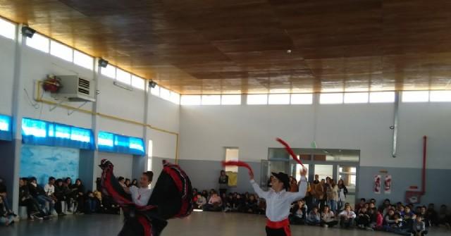 Danzpare 2019 exhibió su arte en las escuelas de Rojas