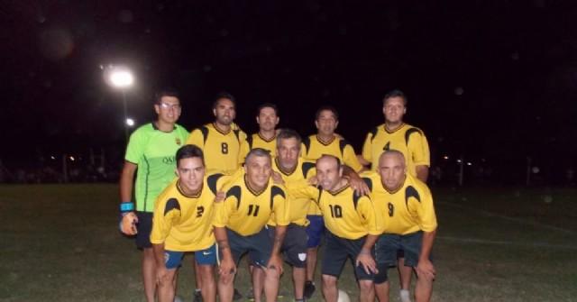Torneo Comercial en NC Juventud